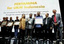 Menteri Puspayoga Raih Penghargaan dari Pertamina