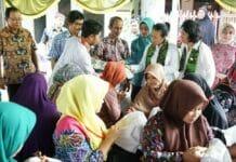 Anggota OASE Kunjungi Desa Batik Podhek, Pamekasan